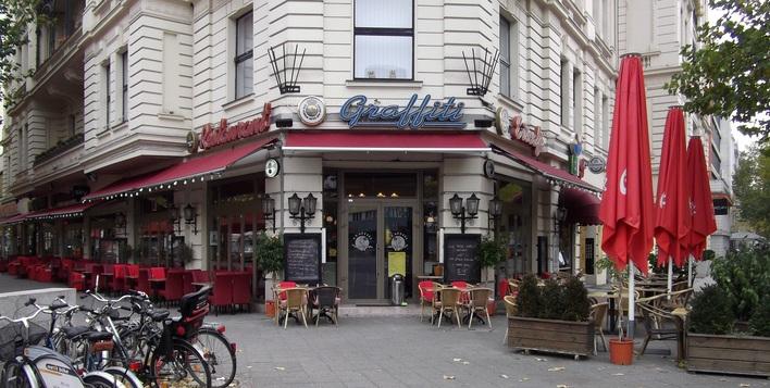 restaurant graffiti internationale k che in berlin charlottenburg kauperts. Black Bedroom Furniture Sets. Home Design Ideas