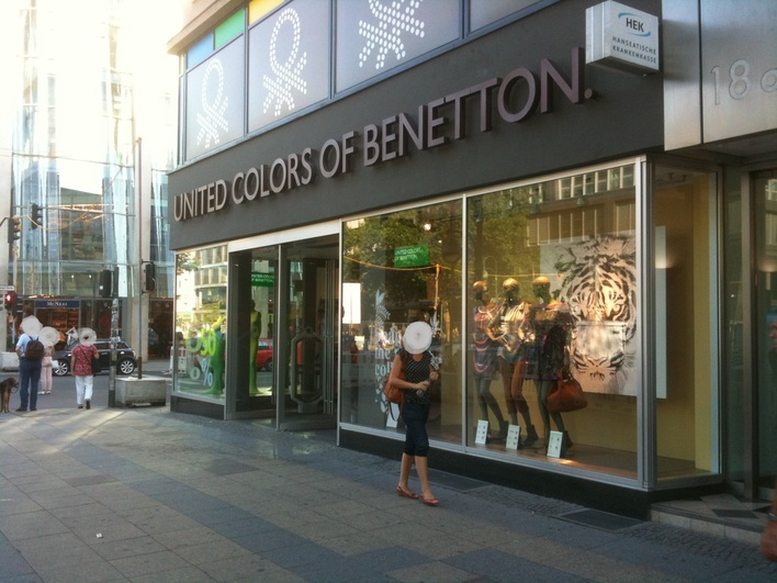 UNITED COLORS OF BENETTON - Tauentzienstraße 18A
